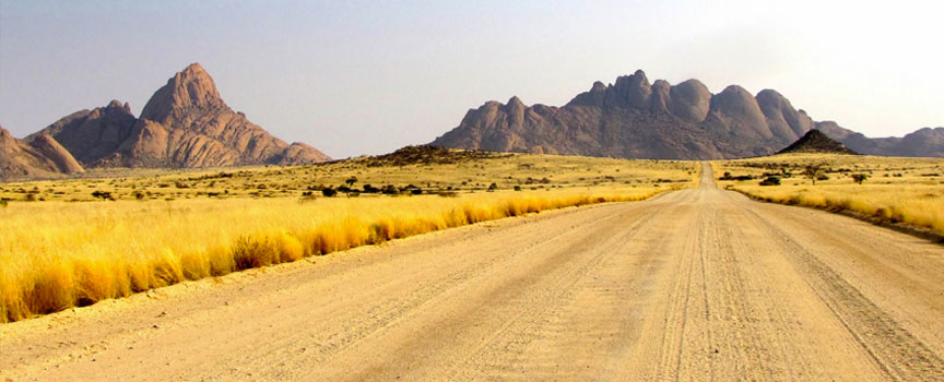Damaraland gravel roads into the mountains